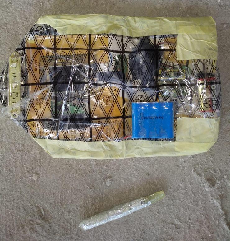 bomb1-001.jpg