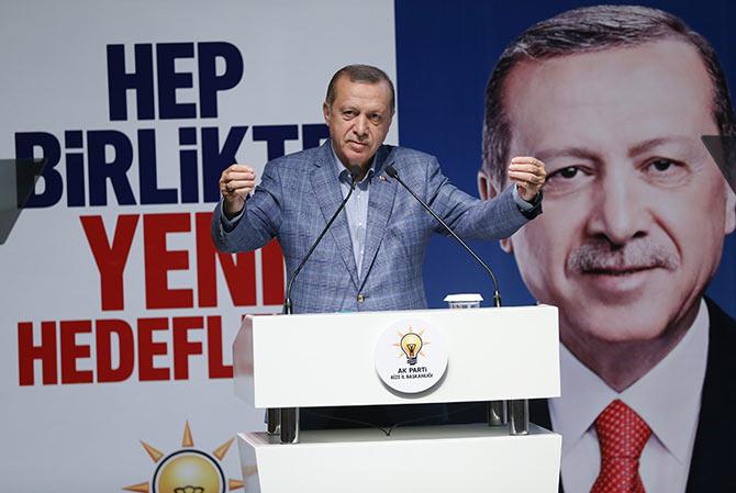 erdogan10-002.jpg