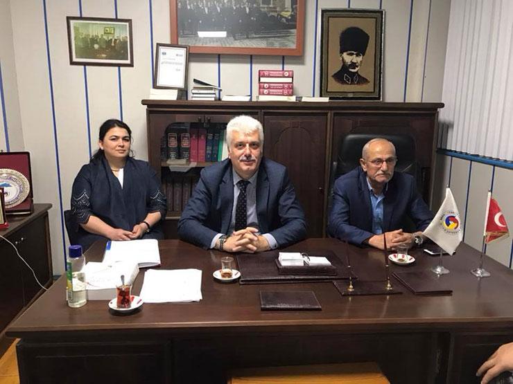 İl Müdürü Kiraz Pazar'da teşvikleri anlattı